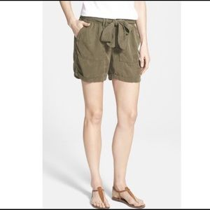 Lucky Brand olive green belted shorts cuffed hems